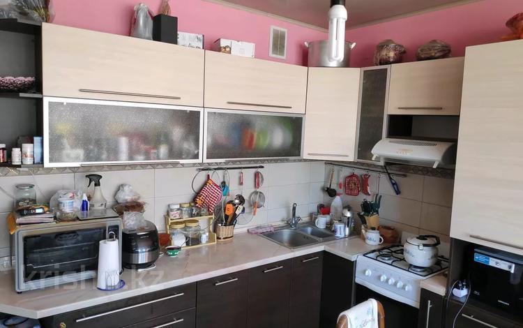 2-комнатная квартира, 63 м², 6/6 этаж, мкр Кокжиек, Кокжиек мкр 52 за 17.2 млн 〒 в Алматы, Жетысуский р-н