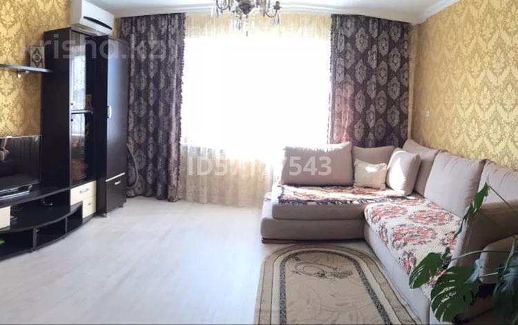 2-комнатная квартира, 54 м², 2/9 этаж, Глинки 18 за 13 млн 〒 в Семее