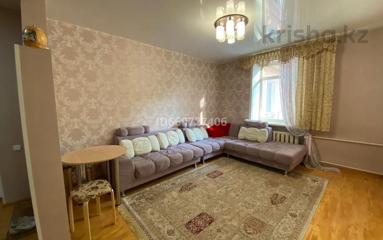3-комнатная квартира, 67.5 м², 2/2 этаж, Гоголя 2 — Бажова за 14 млн 〒 в Усть-Каменогорске