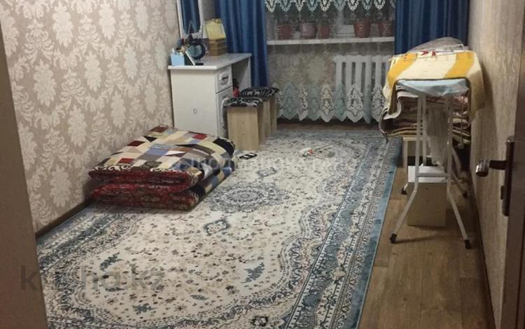 3-комнатная квартира, 58 м², 4/4 этаж, мкр №9, Мкр №9 за 18.5 млн 〒 в Алматы, Ауэзовский р-н
