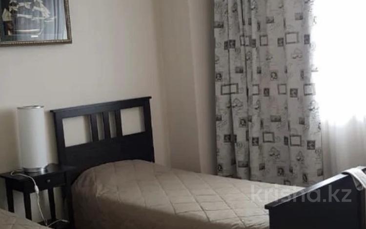 4-комнатная квартира, 179 м², 6 этаж помесячно, Кошкарбаева 8 за 450 000 〒 в Нур-Султане (Астана), Алматы р-н