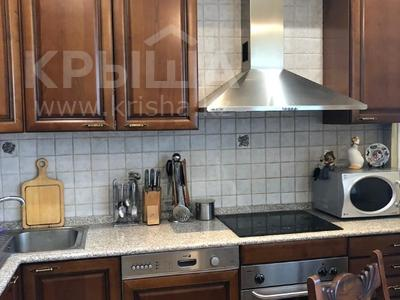 3-комнатная квартира, 106.9 м², 3/6 этаж, Курмангазы за 70 млн 〒 в Алматы, Алмалинский р-н — фото 9