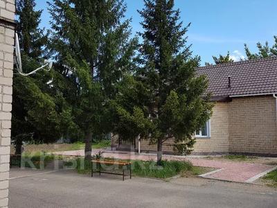 9-комнатный дом, 350 м², 15.5 сот., Металлургов 22 — Радищева за 69 млн 〒 в Павлодаре — фото 2