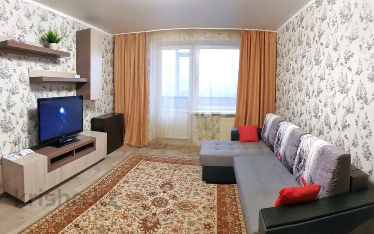 1-комнатная квартира, 44 м², 4/10 этаж по часам, улица Бекхожина 7 — Майры за 1 000 〒 в Павлодаре