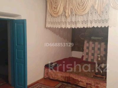 10-комнатный дом, 200 м², 65 сот., Алшалы 16 за 15 млн 〒 в Коксаеке
