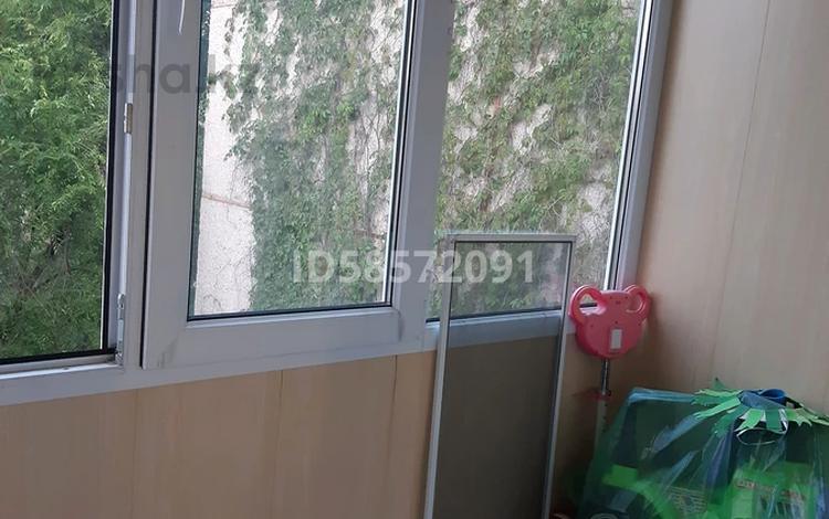 2-комнатная квартира, 48 м², 5/5 этаж, мкр Аксай-3А 44 за 17.5 млн 〒 в Алматы, Ауэзовский р-н
