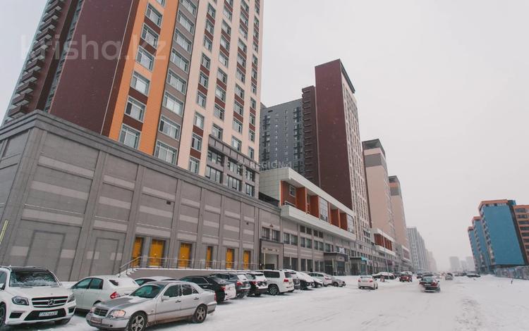 4-комнатная квартира, 110 м², 18/21 этаж, Кабанбай батыра за 63 млн 〒 в Нур-Султане (Астана), Есиль р-н