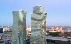 3-комнатная квартира, 120 м², 10/37 этаж посуточно, Достык 5 — Сауран за 18 000 〒 в Нур-Султане (Астана), Есиль р-н