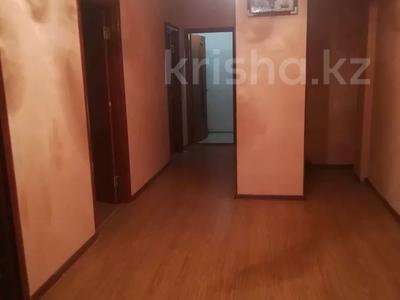 2-комнатная квартира, 78 м², 8/10 этаж, 27-й мкр 85 за 13.5 млн 〒 в Актау, 27-й мкр