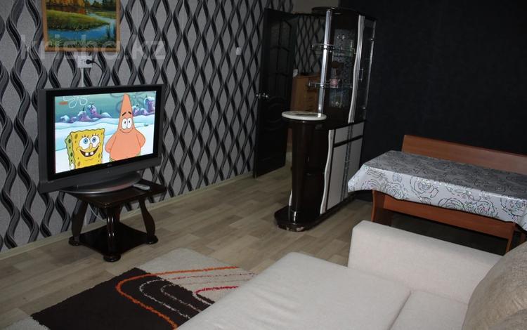 2-комнатная квартира, 65 м², 1/9 этаж посуточно, 7-й мкр 22 — 14 микрорайон за 8 000 〒 в Актау, 7-й мкр
