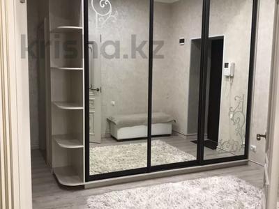 2-комнатная квартира, 70 м², 4/9 этаж помесячно, Кабанбай батыра 46 за 130 000 〒 в Нур-Султане (Астана), Есиль р-н — фото 7
