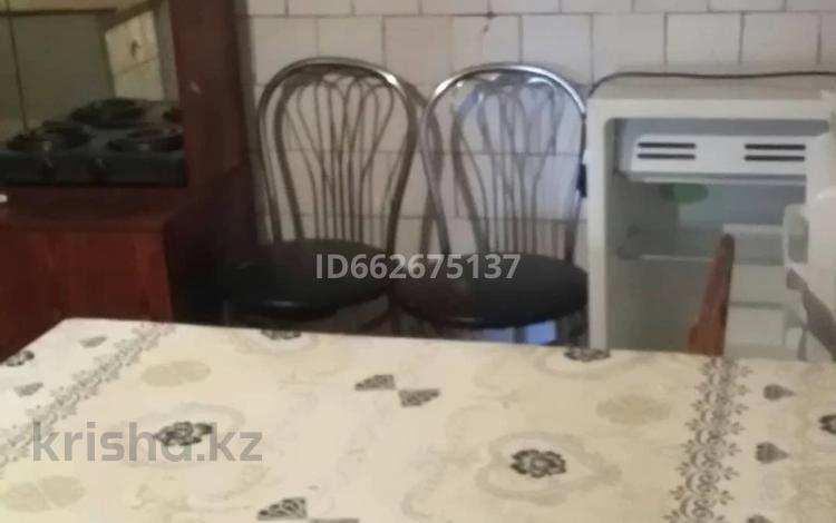 1-комнатный дом помесячно, 40 м², Назарбаева — Бажова за 45 000 〒 в Усть-Каменогорске