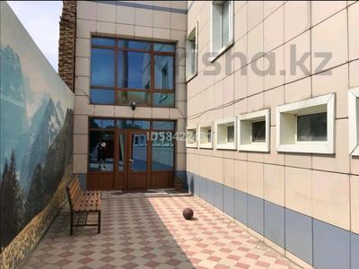 6-комнатный дом посуточно, 400 м², Абайский р-н, 4-й микрорайон за 80 000 〒 в Шымкенте, Абайский р-н — фото 9