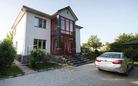 9-комнатный дом помесячно, 300 м², 10 сот., мкр Шугыла, Енбек за 400 000 〒 в Алматы, Наурызбайский р-н