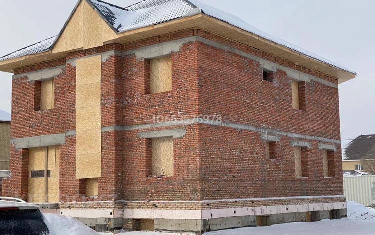 12-комнатный дом, 450 м², 10 сот., Габдуллы Кулкыбаева — Таттимбета за 80 млн 〒 в Караганде, Казыбек би р-н