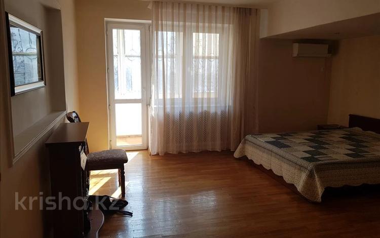 3-комнатная квартира, 95 м², 2/5 этаж, мкр Коктем-1 — Толе Би за 48.5 млн 〒 в Алматы, Бостандыкский р-н