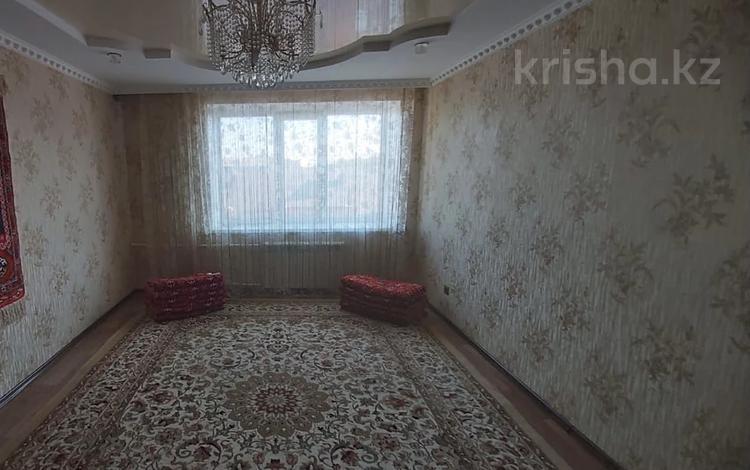 4-комнатная квартира, 79.4 м², 5/5 этаж, Сурова за 17.8 млн 〒 в Уральске