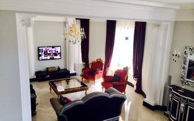5-комнатный дом поквартально, 450 м², 10 сот., мкр Юбилейный — Ондасынова за 3 млн 〒 в Алматы, Медеуский р-н