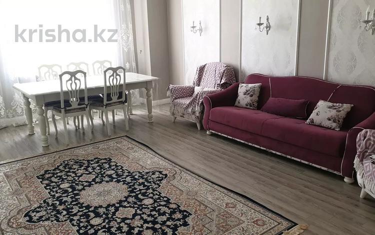 3-комнатная квартира, 109 м², 3/12 этаж, Степной-2 2/4 за 35 млн 〒 в Караганде, Казыбек би р-н