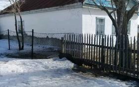 3-комнатный дом, 100 м², 10 сот., Молдағұловой 95 за 1.5 млн 〒 в Алге