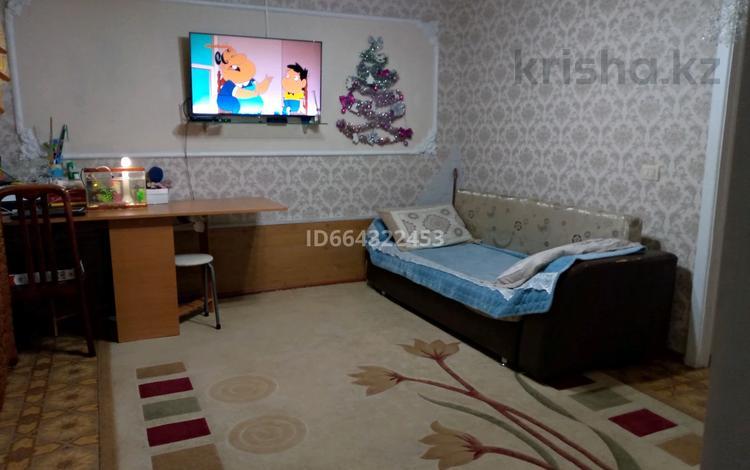2-комнатный дом, 50 м², 10 сот., ул. Джамбула Джабаева 18 за 17 млн 〒 в Нур-Султане (Астана), Есиль р-н