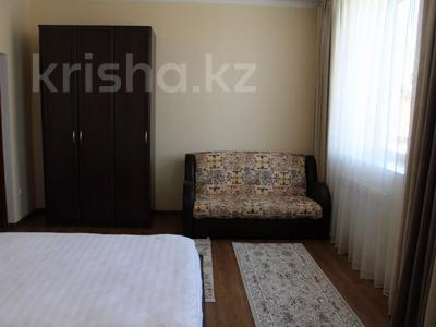 1-комнатная квартира, 48 м², 2/2 этаж посуточно, Биржан Сала 125 — Ж.Жабаева за 13 000 〒 в Талдыкоргане — фото 3
