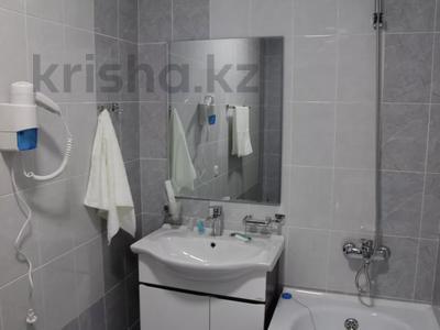 1-комнатная квартира, 48 м², 2/2 этаж посуточно, Биржан Сала 125 — Ж.Жабаева за 13 000 〒 в Талдыкоргане — фото 8
