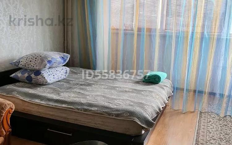 1-комнатная квартира, 30 м², 2 этаж по часам, 11-й мкр 6 за 800 〒 в Актау, 11-й мкр