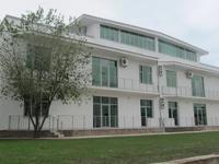 Здание, площадью 632 м²