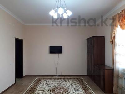 1-комнатная квартира, 40 м² посуточно, 11-й мкр 10 за 6 000 〒 в Актау, 11-й мкр — фото 2