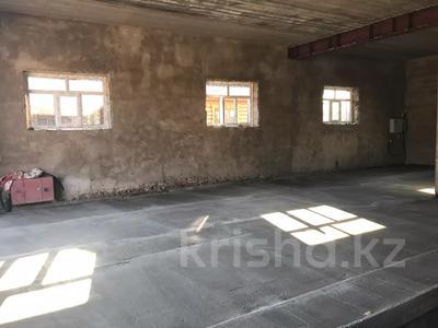 Здание, Ермекова 112 площадью 230 м² за 300 000 〒 в Караганде, Казыбек би р-н — фото 2