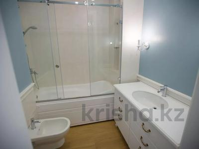 7-комнатная квартира, 375 м², 4/6 этаж помесячно, Сарайшык 11/1 за 1 млн 〒 в Нур-Султане (Астана) — фото 30