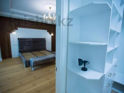 7-комнатная квартира, 375 м², 4/6 этаж помесячно, Сарайшык 11/1 за 1 млн 〒 в Нур-Султане (Астана) — фото 14