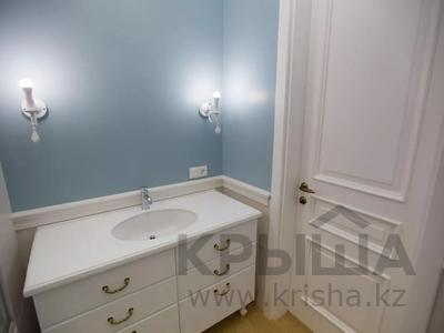7-комнатная квартира, 375 м², 4/6 этаж помесячно, Сарайшык 11/1 за 1 млн 〒 в Нур-Султане (Астана) — фото 31