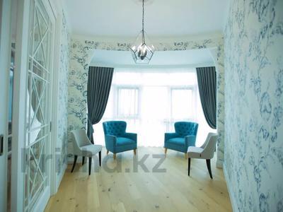 7-комнатная квартира, 375 м², 4/6 этаж помесячно, Сарайшык 11/1 за 1 млн 〒 в Нур-Султане (Астана) — фото 12