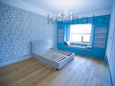7-комнатная квартира, 375 м², 4/6 этаж помесячно, Сарайшык 11/1 за 1 млн 〒 в Нур-Султане (Астана) — фото 22