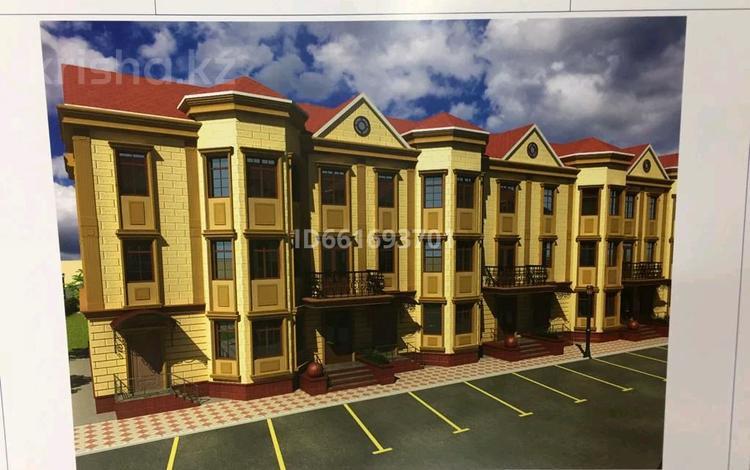 7-комнатный дом, 325 м², 3 сот., 1-й мкр за ~ 40.6 млн 〒 в Актау, 1-й мкр