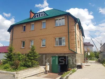 10-комнатный дом, 342.8 м², 19 сот., Юбилейная 5е за 105 млн 〒 в Петропавловске