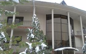 6-комнатный дом, 700 м², 20 сот., Аль-Фараби — Маркова за 450 млн 〒 в Алматы
