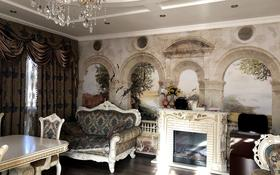 6-комнатный дом, 350 м², 12 сот., Крылова — Касыма Аманжолова за 149 млн 〒 в Караганде, Казыбек би р-н