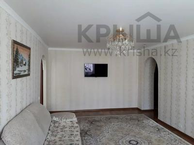 3-комнатная квартира, 62.4 м², 1/9 этаж, Гапеева 9 — Республики за 12.5 млн 〒 в Караганде, Казыбек би р-н