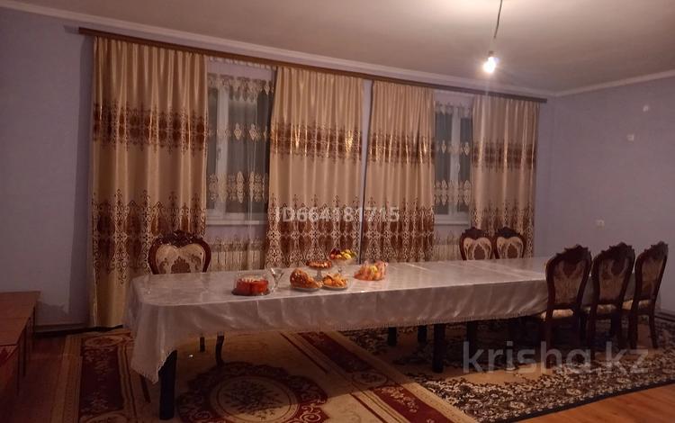 6-комнатный дом, 225 м², 10 сот., мкр Нуртас 979 — Жасталап за 37 млн 〒 в Шымкенте, Каратауский р-н