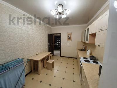 1-комнатная квартира, 45 м² посуточно, Иманбаева — Амангельды Иманова за 10 000 〒 в Нур-Султане (Астана) — фото 10