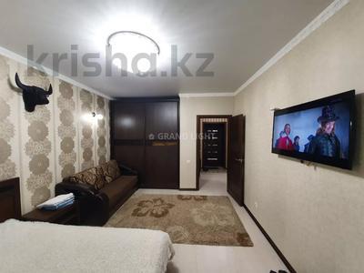 1-комнатная квартира, 45 м² посуточно, Иманбаева — Амангельды Иманова за 10 000 〒 в Нур-Султане (Астана) — фото 3