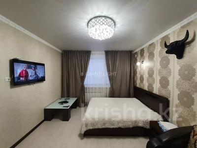1-комнатная квартира, 45 м² посуточно, Иманбаева — Амангельды Иманова за 10 000 〒 в Нур-Султане (Астана) — фото 2