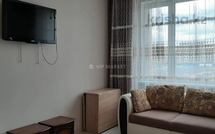 2-комнатная квартира, 57 м², 2/8 этаж, Кабанбай Батыра за 28 млн 〒 в Нур-Султане (Астана), Есиль р-н