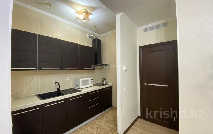1-комнатная квартира, 53 м², 4/25 этаж, 15-й мкр 69 за 15 млн 〒 в Актау, 15-й мкр