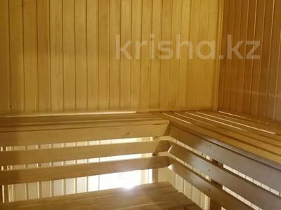 8-комнатный дом посуточно, 250 м², Интернациональная 2В за 40 000 〒 в Бурабае — фото 6