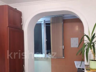 3-комнатная квартира, 60 м², 5/5 этаж, Мкр шугыла 41 за 7 млн 〒 в  — фото 3
