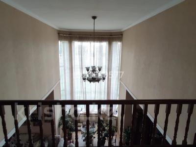 6-комнатный дом, 380 м², 9 сот., Жандарбековой 65 за ~ 39 млн 〒 в Караганде, Казыбек би р-н — фото 9
